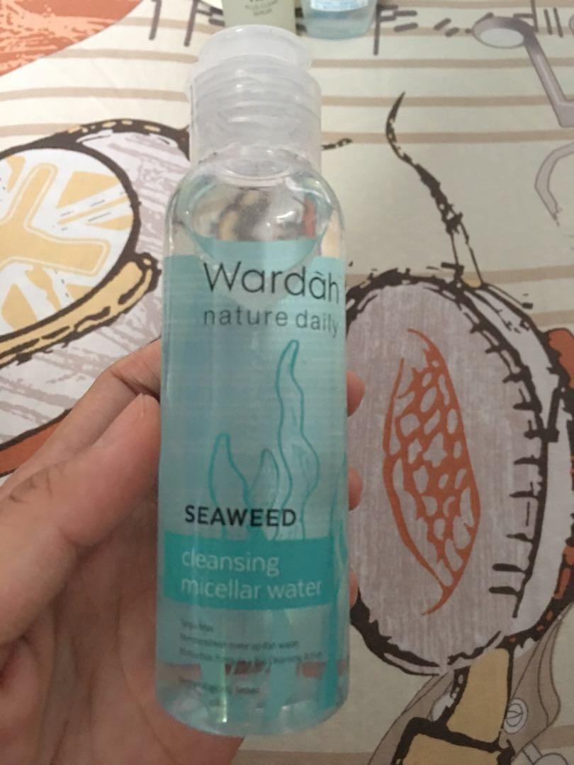 Cleansing micellar water Wardah
