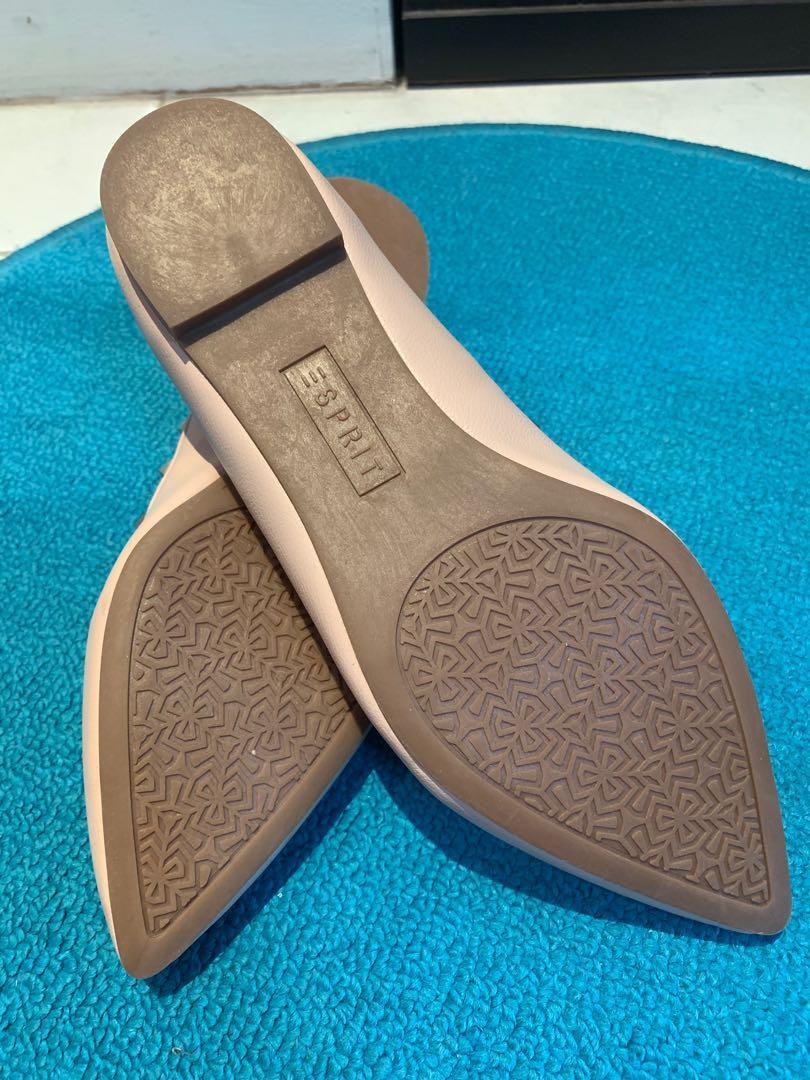 Esprit Ballet Flats brand new (Nude / Size US 6.5)