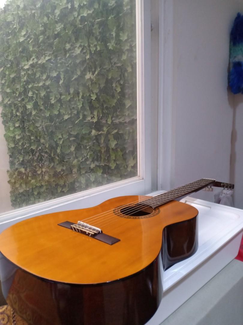 Gitar Klasik YAMAHA CS40