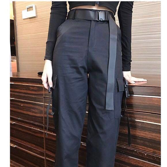 INSTOCKS High waisted cargo pocket pants - black