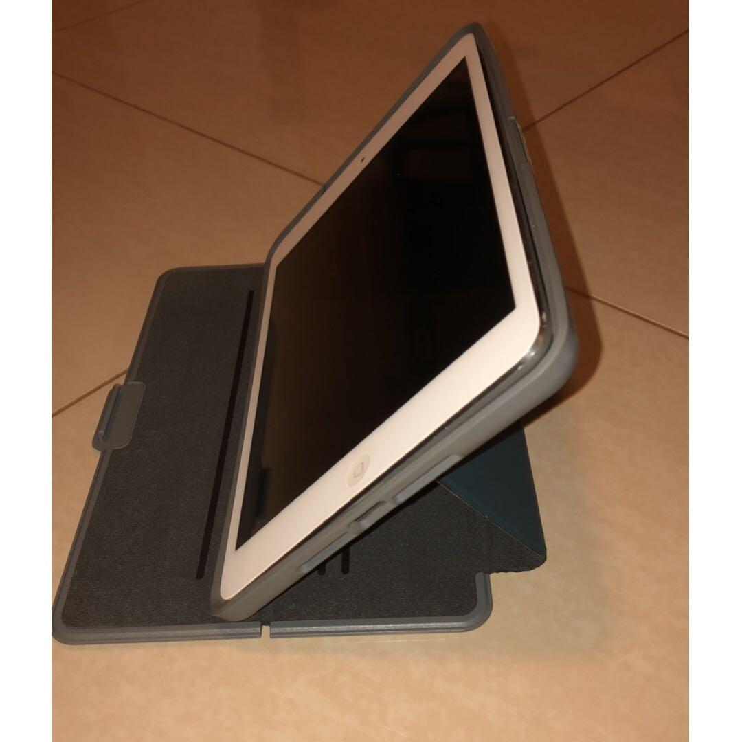 iPad mini 1st Gen 16GB with cover in good condition 16GB