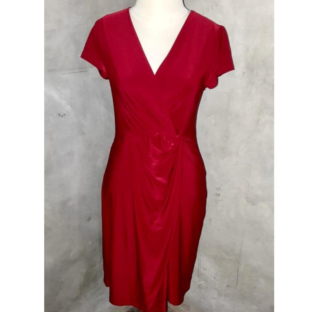 Maroon knee-length dress