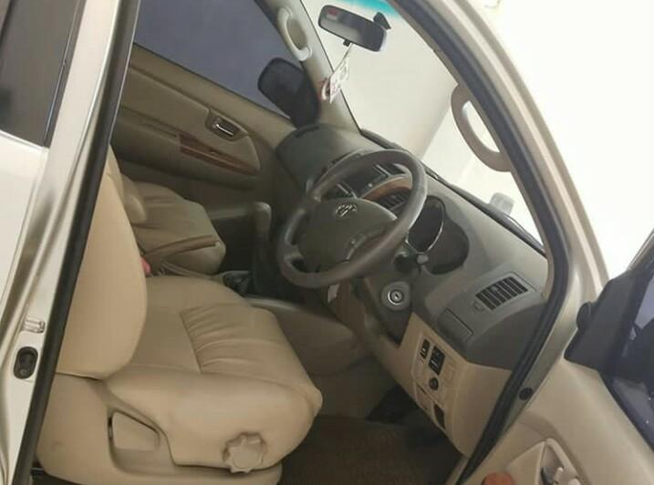 Mobil TOYOTA FORTUNER G Diesel M/T thun Warnah Silver 2015