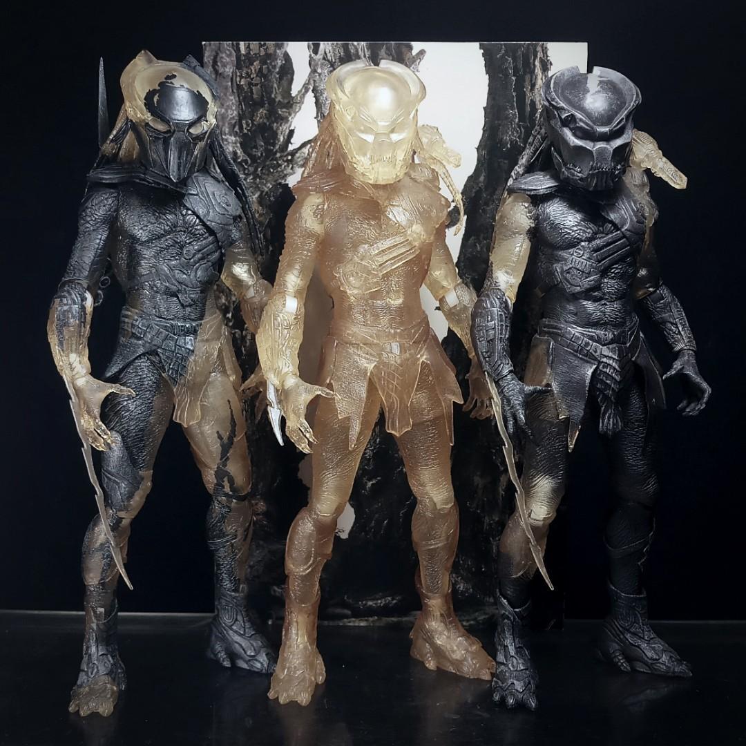 NECA PREDATORS Lot of 3 Figures (Berserker & Falconer) Xenomorph Alien McFarlane