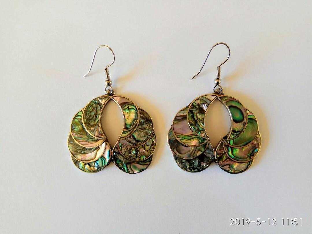 New Zealand sterling silver PAUA (Abalone) shell hook earrings