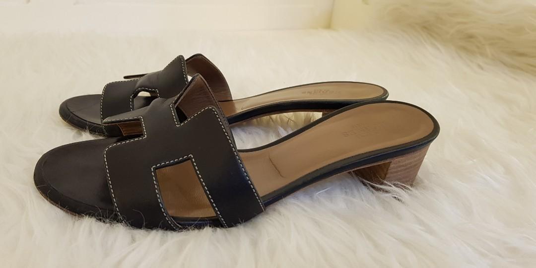 Oasis black size 35