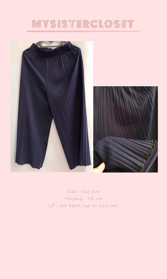 pleated cullotes (navy)
