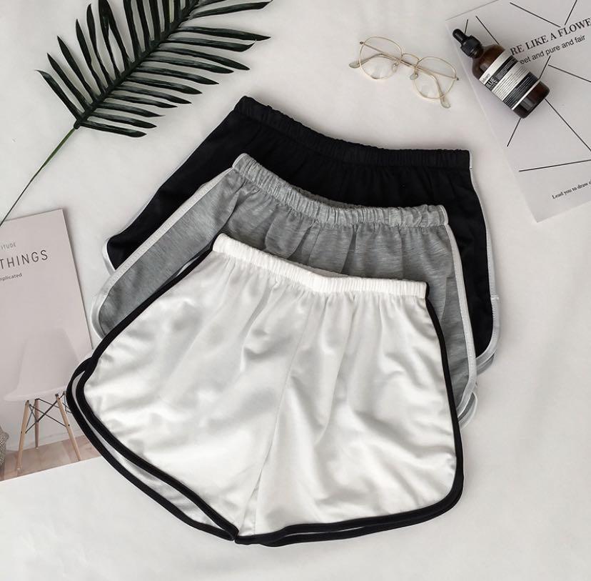 (PO) outline runner shorts