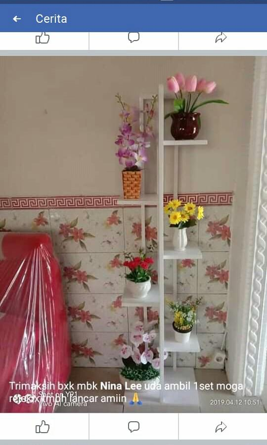 Rak bunga minimalis bahan besi