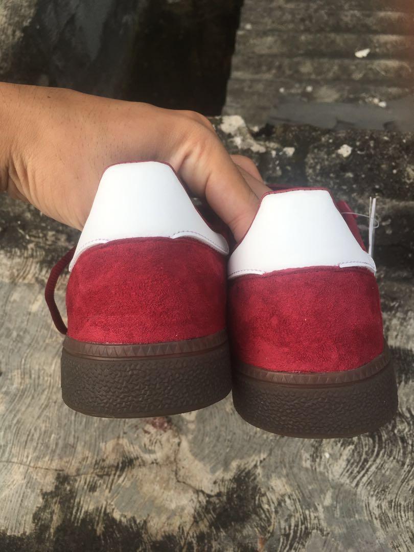 Sepatu Adidas Spezial handball