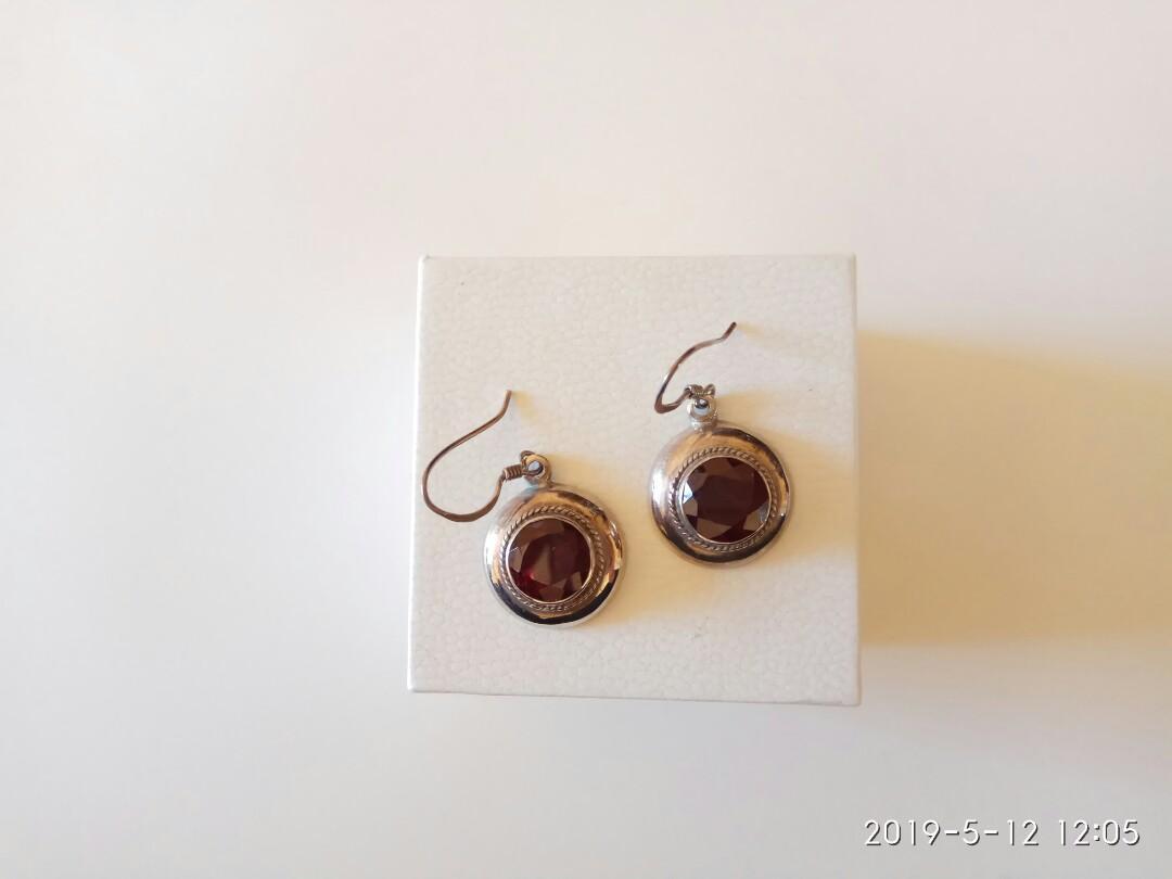 Vintage sterling silver natural garnet hook earrings stamp 925