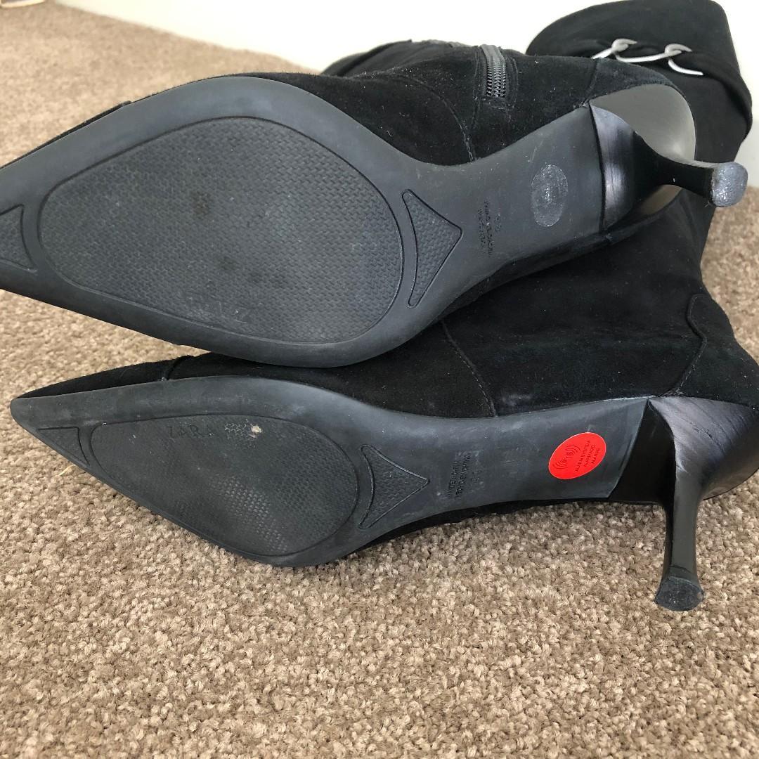 Zara Black Suede Kitten Heeled Boots 8AU/39EU/8.5US USED
