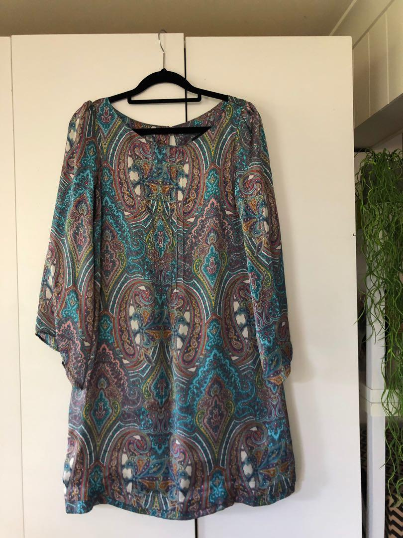 Zara long sleeve silk dress. Size 10. Only worn twice.