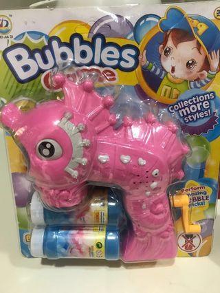 卡通吹泡泡機,有粉紅色和藍色
