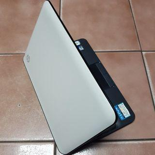 HP Mini 110-3522TU 10.1吋四核心小筆電、全新鍵盤、2GB記憶體、160G硬碟、上網、影音、追劇超讚