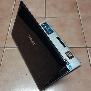 華碩A40J i5四核筆電、全新的電池、鍵盤與240G SSD固態硬碟、獨立HD6570/2G顯卡、8G記憶體、燒錄機