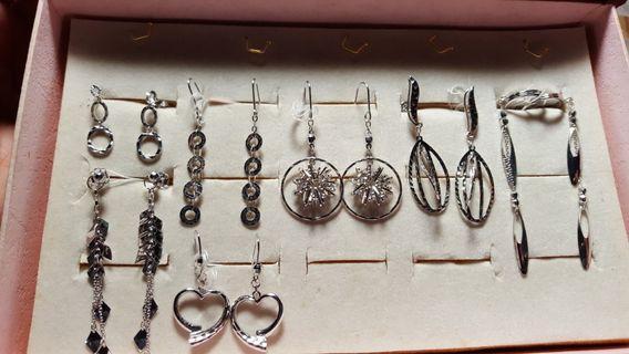 18K White Gold earrings(non nego)