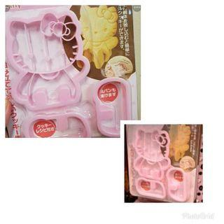 HELLO KITTY COOKIE CUTTER