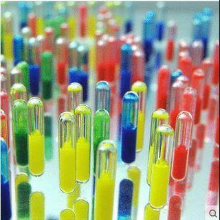 🚚 Colourful capsule for aquarium decoration