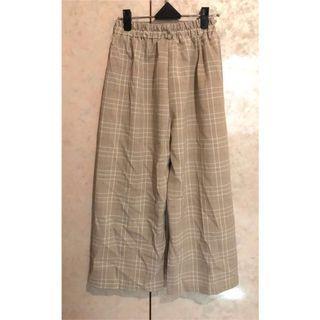 奶茶色細格紋寬褲