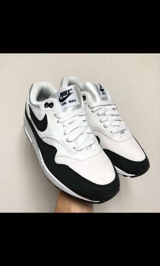 🚚 「OuterSpace.xoxo」WMNS NIKE AIR MAX 1 黑白(女)