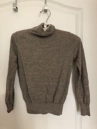 Brand new brown thin sweater