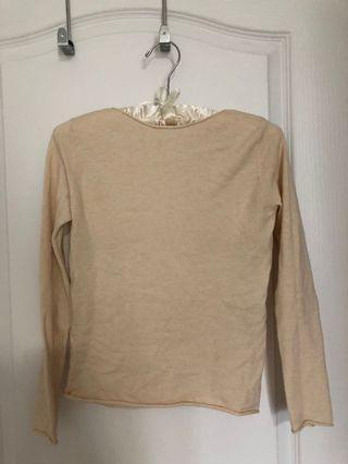 Brand new apricot thin sweater