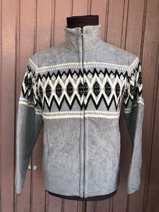 Authentic Preloved Uniqlo Sweater