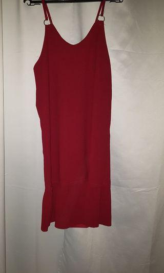 Sleeveless casual red Dress