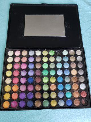 88 BH Cosmetics eyeshadow