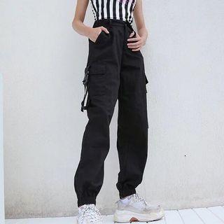 Korean streetwear cargo pants highwaisted!!