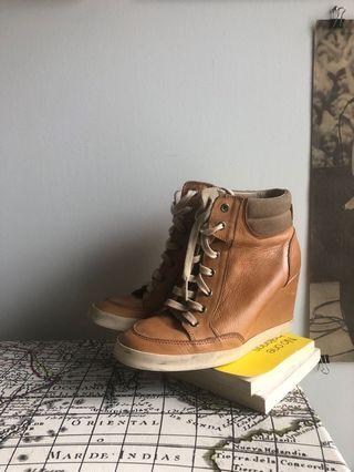 Leather sneaker wedges size 39/8