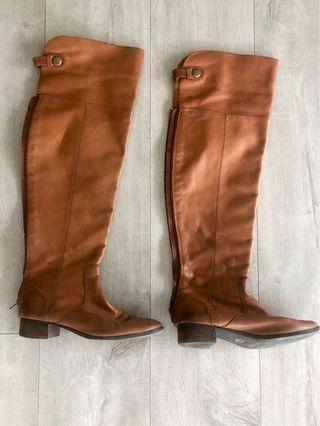 Seychelles over the knee boots size 7/12 (fits like 8)