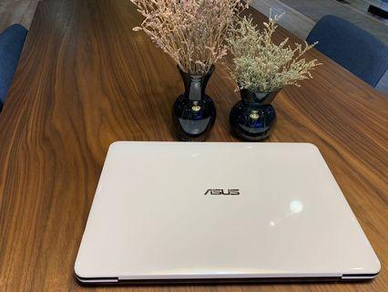 Asus 筆記型電腦