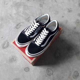 Vans Old Skool Style 36 DX Anaheim Factory Black White