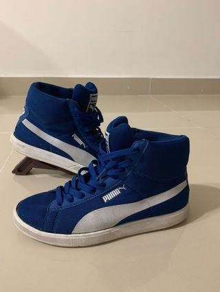 Puma High Tops Shoe