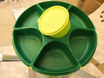 Tupperware serving center Green