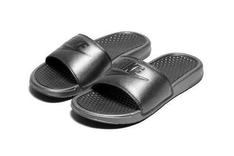 Nike Slide's
