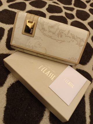 Alviero Martini Zipper Wallet