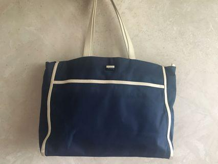 agnes b voyage navy shoulder bag tote bag 藍色單肩包 尼龍 返工袋