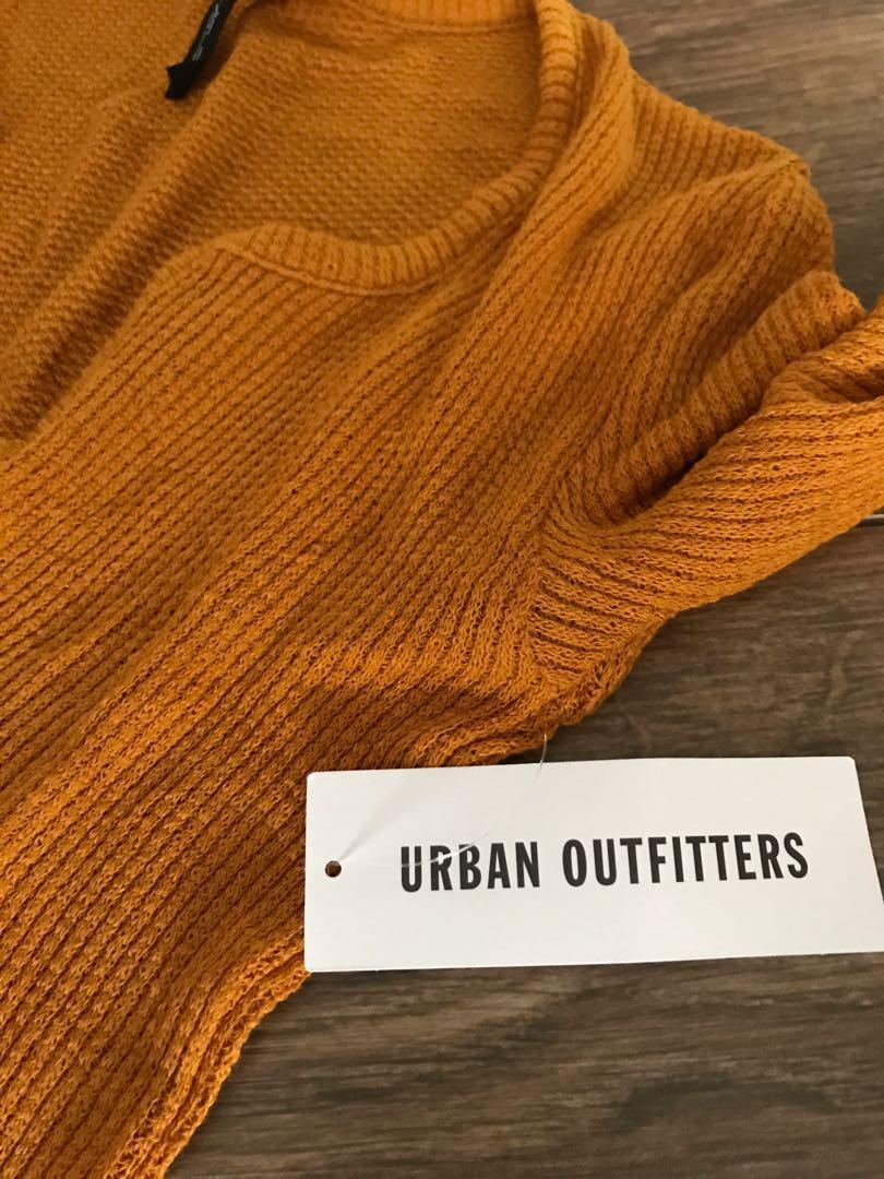 100% NEW Urban outfitters yellow top(with price tag)