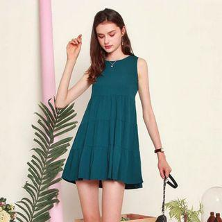 Anticlockwise ACW Tiered Babydoll Dress in Emerald
