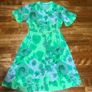 🚚 古著綠色洋裝