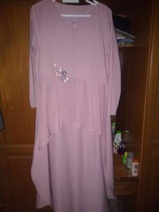 Fishtail breastfeeding kurung top M