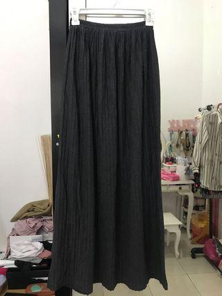 Skirt dark gray