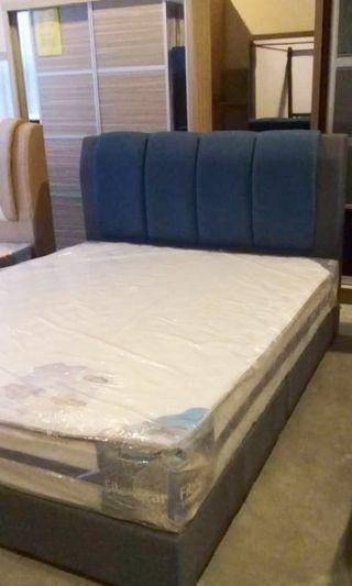 King Bed Frame & Mattress