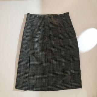 👘深灰格紋中長半身裙