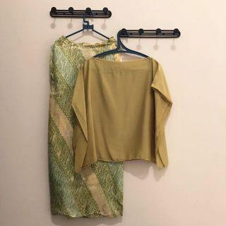 Set Batik Hijau