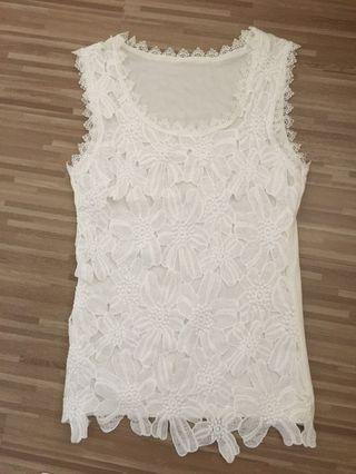 BN White Lace Crochet Sleeveless Top