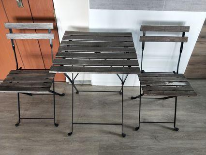 🚚 Outdoor ikea table and chair